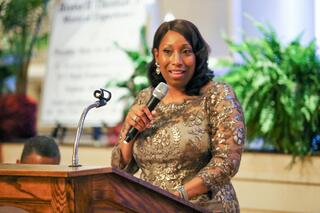 Dr. Debra Mays-Jackson gives acknowledgments.jpg