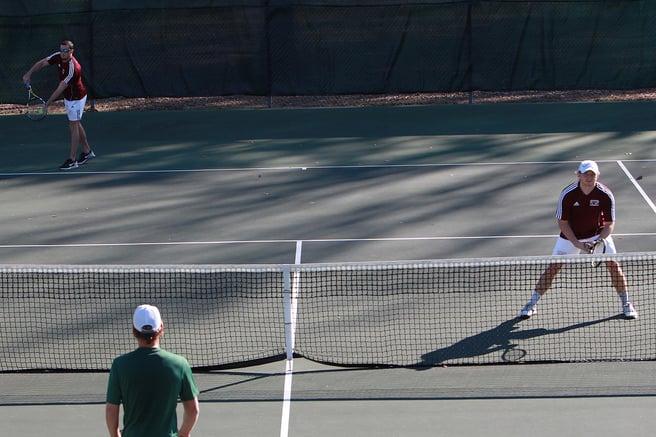 Mens_tennis_action_2015.jpg